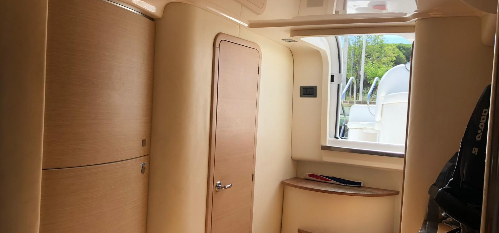 El Masnou,Barcelona,España,2 Habitaciones Habitaciones,1 BañoLavabos,Barco a motor,2064