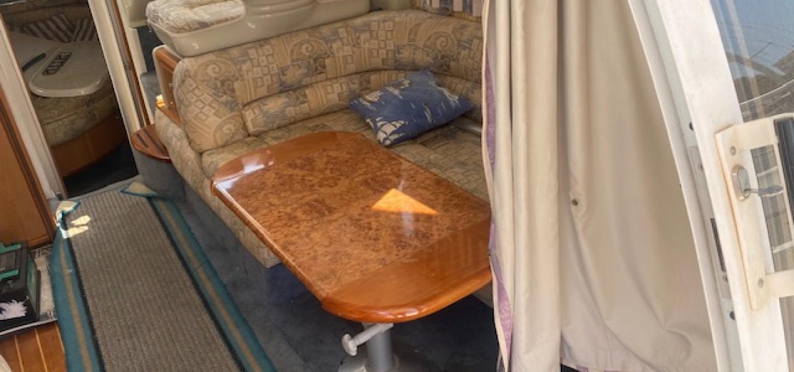 El Masnou,Barcelona,España,2 Habitaciones Habitaciones,1 BañoLavabos,Barco a motor,2142