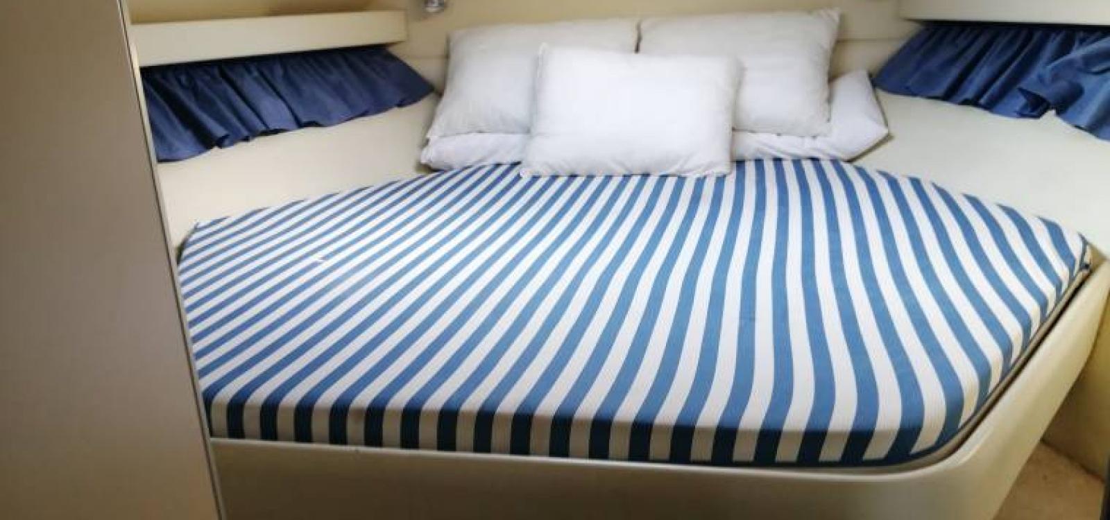 Vigo,Pontevedra,España,2 Habitaciones Habitaciones,1 BañoLavabos,Barco a motor,2144