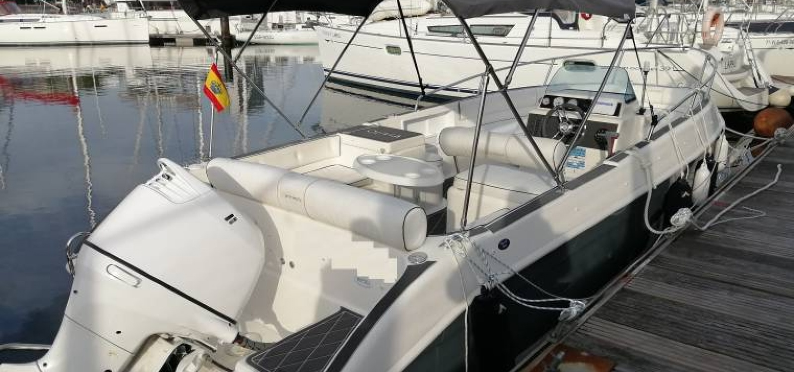 Vigo,Pontevedra,España,Barco a motor,2147