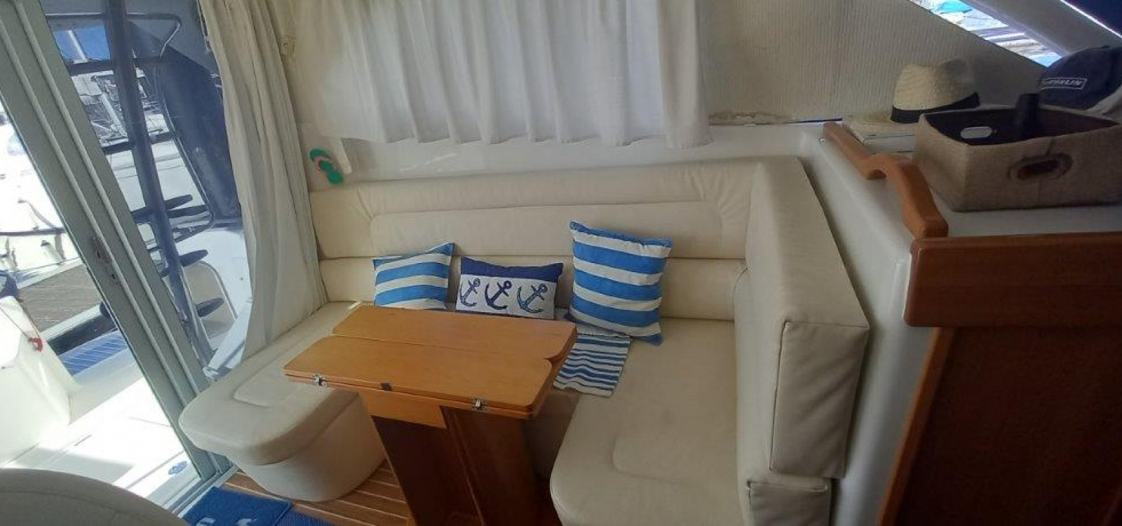 El Masnou,Barcelona,España,2 Habitaciones Habitaciones,1 BañoLavabos,Barco a motor,2160
